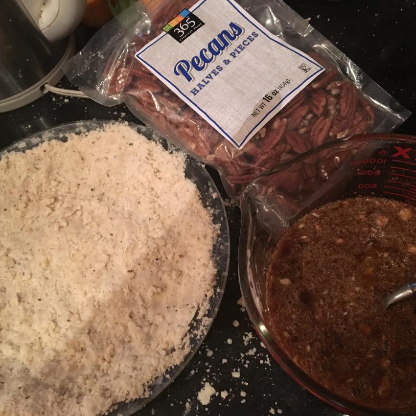 Crust, filling ad pecans